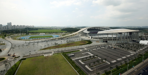 인천의 골칫덩이로 전락한 인천 아시아드 주경기장 ⓒ 코리아넷 제공