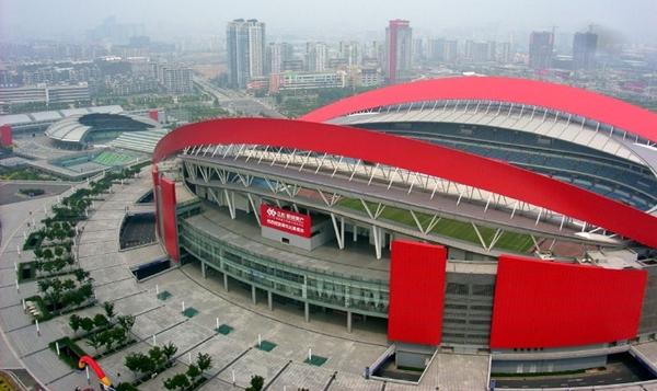 장쑤의 홈 구장 난징 올림픽 스포츠 센터. 약 6만 명 수용 가능 ⓒ JunChen Wu